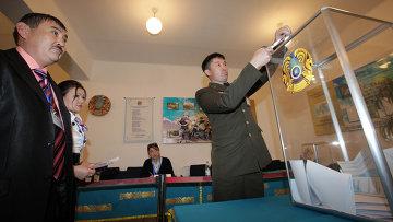 seçimlerde nazarbayev kazandı mı