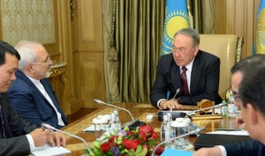 nazarbayev_iran_disisleri_bakani_zarifi_kabul_
